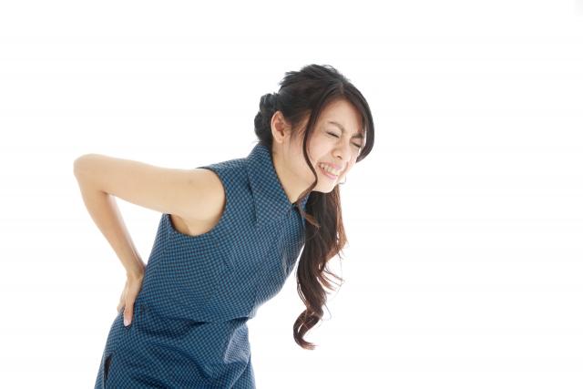 lowerback-pain-woman 腰痛は必ず改善する!あきらめかけているその腰痛も正しく理解すれば治る