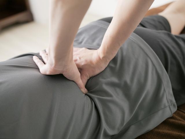 腰痛の急性期(ぎっくり腰)にはマッサージしてはいけないこんな理由