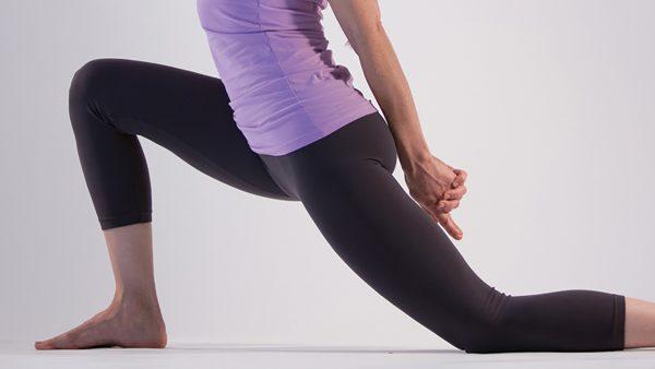 ぎっくり腰の時はストレッチがNGな理由と回復のために出来ること